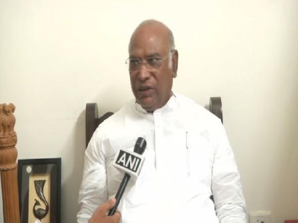 Senior Congress leader Mallikarjun Kharge (File Photo/ANI)