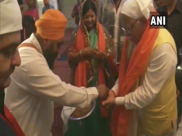 Haryana Chief Minister Manohar Lal Khattar at a Gurudwara in Panchkula on Sunday. Photo/ANI