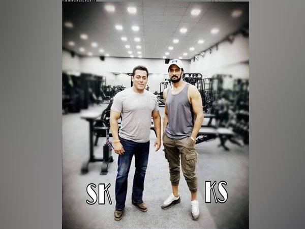 Salman Khan and Kichcha Sudeepa (picture courtesy: Instagram)
