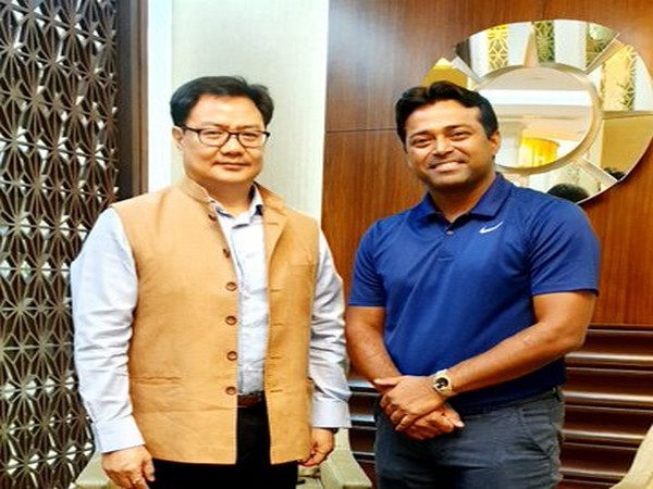 Union Minister for Youth Affairs and Sports Kiren Rijiju and Leander Paes