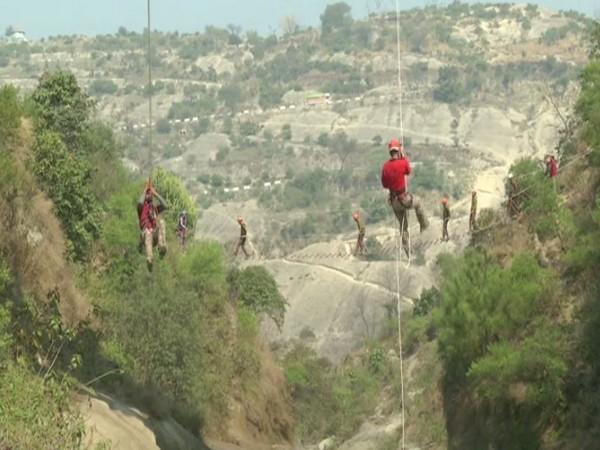 Jammu Kashmir Police undergoing training by MRT