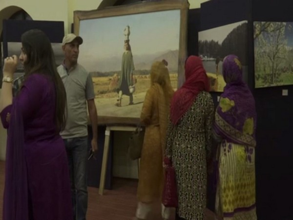 Visitors at Photography exhibition at Srinagar