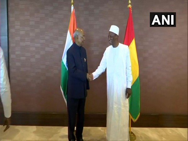 President Ram Nath Kovind (L) with his Guinean counterpart Alpha Condé (R) in Conakry on August 2 (Photo/ANI)