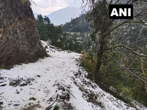 Heavy hailstorm hit Kullu valley on Thursday. Photo/ANI