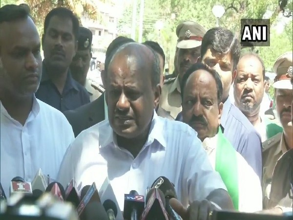 Karnataka Chief Minister HD Kumaraswamy speaking to media in Kalaburagi, Karnataka on June 27. Photo/ANI