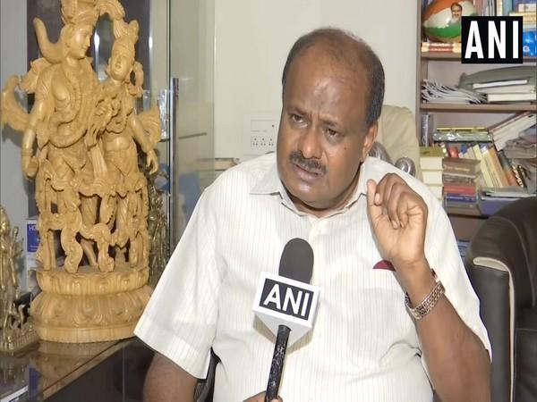 JD(S) leader HD Kumaraswamy (file photo)