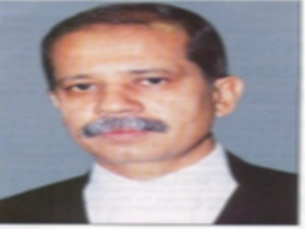 Justice Akil Kureshi (Photo courtesy: Bombay High Court website)
