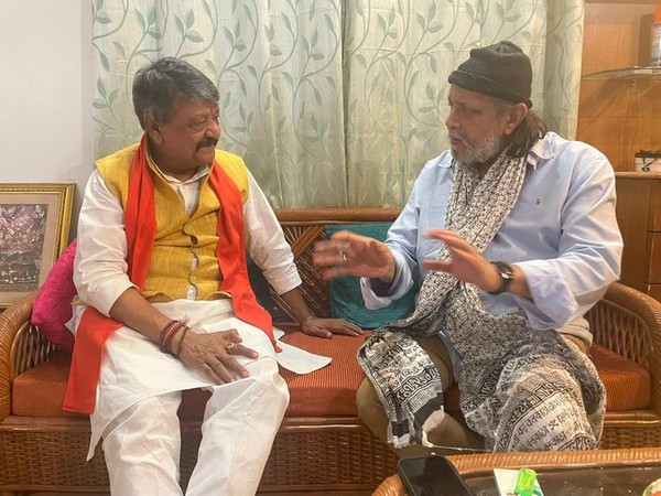 Kailash Vijayvargiya met Mithun Chakraborty at the latter's residence in Belgachia. (Photo/ANI)