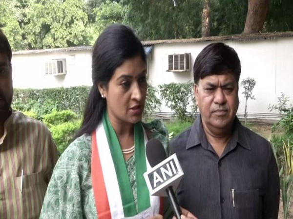 Former AAP MLA Alka Lamba speaking to ANI after joining Congress  in New Delhi on Saturday. Photo/ANI