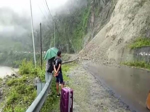 Major landslide blocks National Highway 10 in Kalimpong in West Bengal on Friday. Photo/ANI