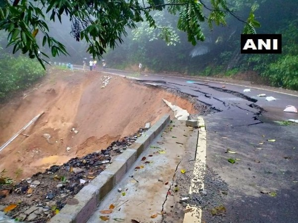 Virajpet-Kerala road was closed due to landslide on Monday. Photo/ANI
