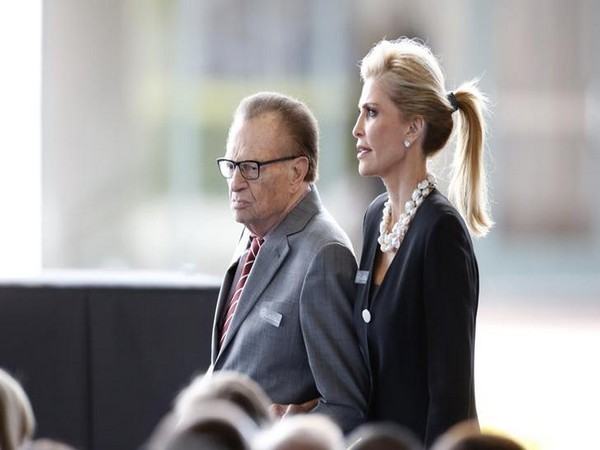 Larry King along with wife Shawn Southwick King