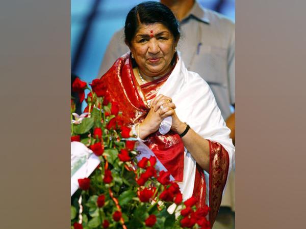 Legendary singer Lata Mangeshkar