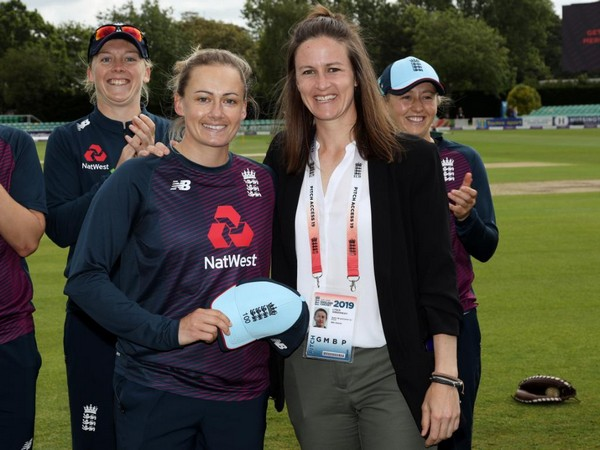 Laura Marsh with Lydia Greenway after receiving her 100th ODI cap (Photo/englandcricket Twitter)