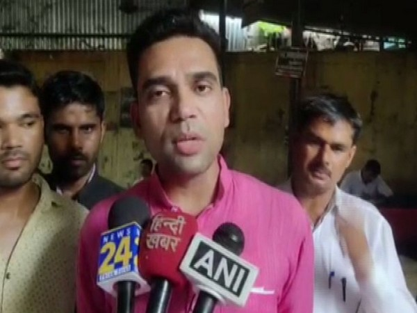 UP: FIR against Swami Chinmayanand after student goes missing