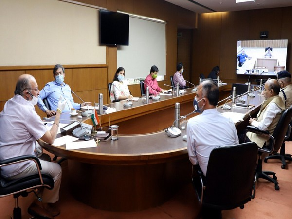 Visuals from LG Delhi's meeting with CM Kejriwal and others. Photo: Twitter/ @LtGovDelhi