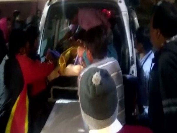 Six members of family died in Indore in lift accident