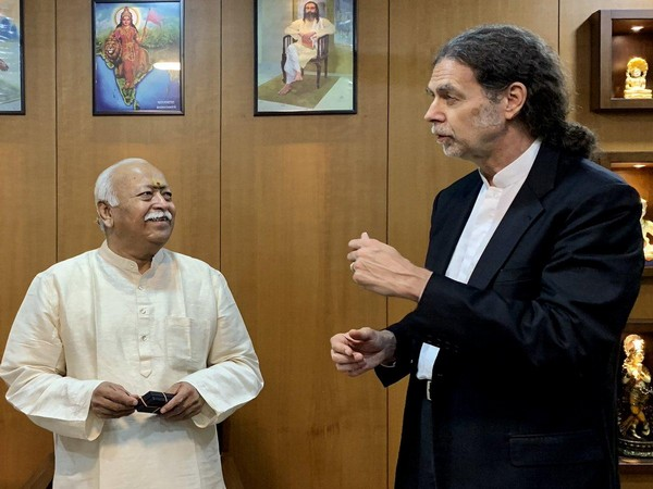 Germany's Ambassador to India Walter J Lindner interacting with RSS chief Mohan Bhagwat at RSS headquarters on Wednesday