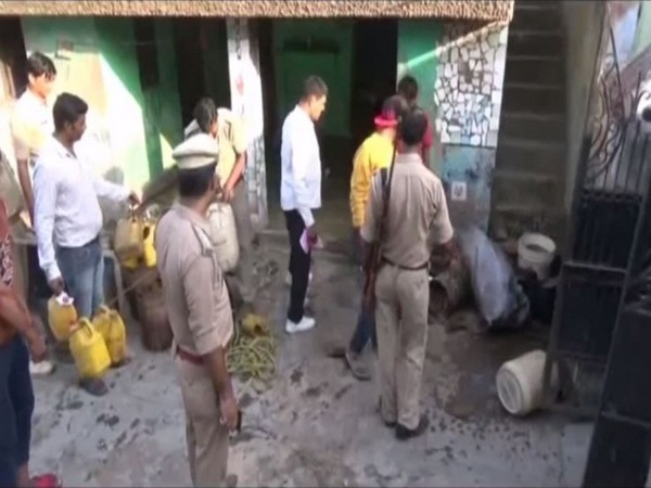 Excise department along with UP Police during a raid in Moradabad (Photo/ANI)