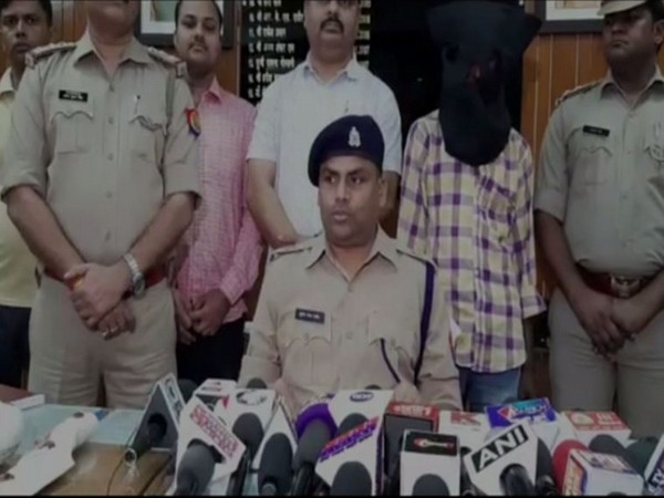 Senior police officer Suresh Chandra speaking to reporters on Tuesday. Photo/ANI