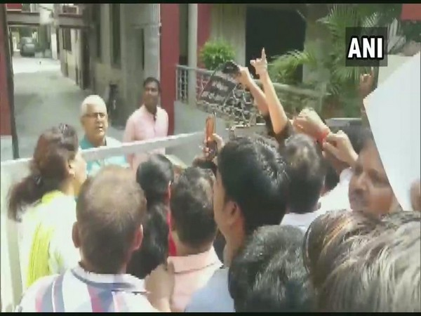 Locals protested outside the residence of Deputy CM Sushil Kumar Modi in Patna