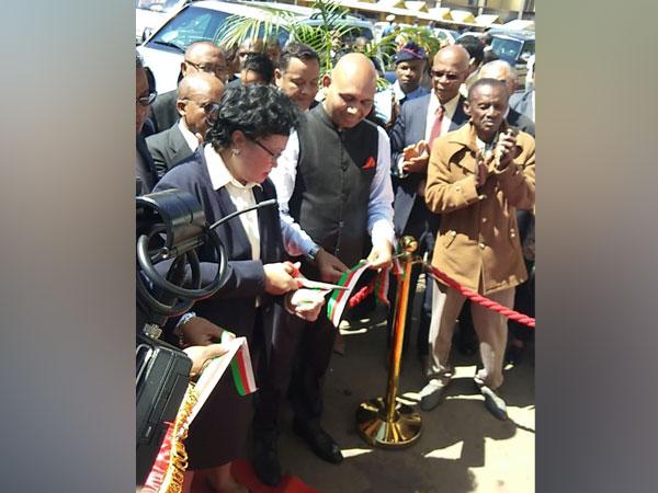 Indian envoy Abhay Kumar and Antananarivo mayor Lalao Ravalomanana jointly unveils ommemorative plaque of the Mahatma Gandhi road on Monday