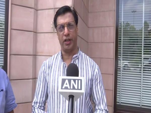 Filmmaker Madhur Bhandarkar speaking to ANI on Sunday in Lucknow, Uttar Pradesh. Photo/ANI
