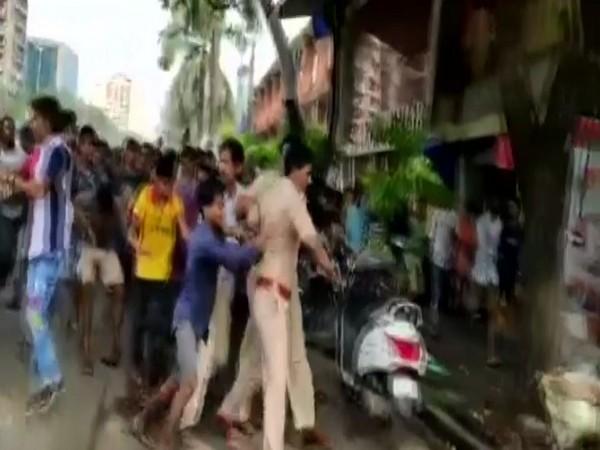 Protestors attacked policemen in Chembur area of Mumbai on Tuesday