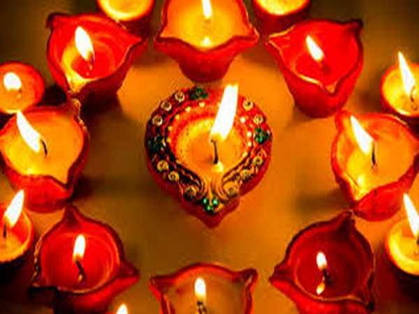 This Diwali Decorate Your Home In A Different Style