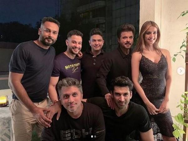 Aditya Roy Kapur, Disha Patani, Anil Kapoor, Kunal Kemmu, Bhushan Kumar, Ankur Garg and Mohit Suri, Picture courtesy: Instagram