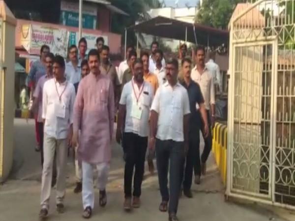 BJP state president Nalin Kumar Kateel arrives at a polling booth in Mangaluru [Photo/ANI]