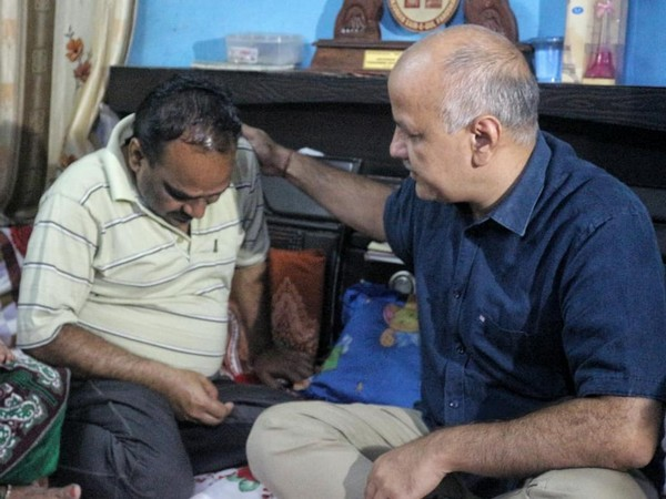 Manish Sisodia paid visit to family of Ankit Saxena