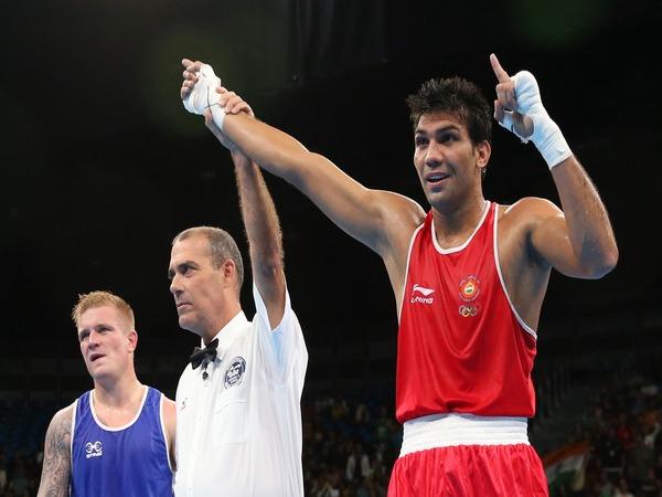Boxer Manoj Kumar (On right) File Photo