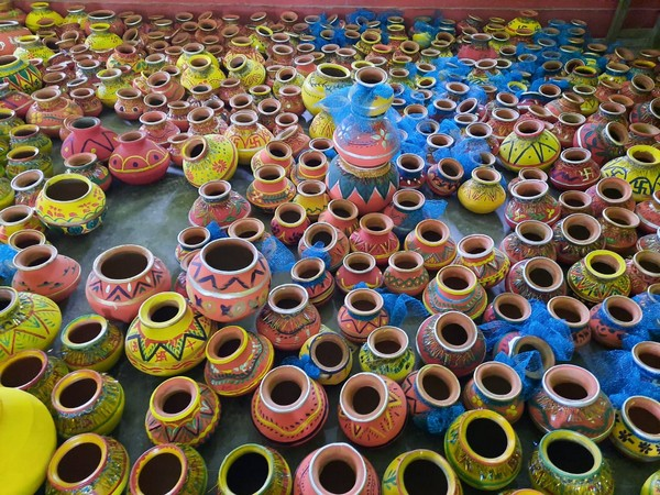 5,100 urns are being prepared for decoration ahead of 'bhoomi pujan' of Ram temple. (Photo/ANI)