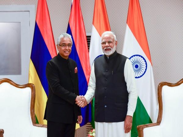 Prime Minister Narendra Modi and Mauritius Prime Minister Pravind Jugnauth (File Photo)