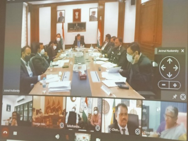 The meeting, which took place through video conferencing, was led by Fisheries Secretaries of both countries.
