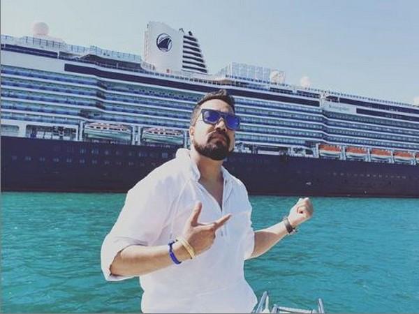Mika Singh (Image courtesy: Instagram)