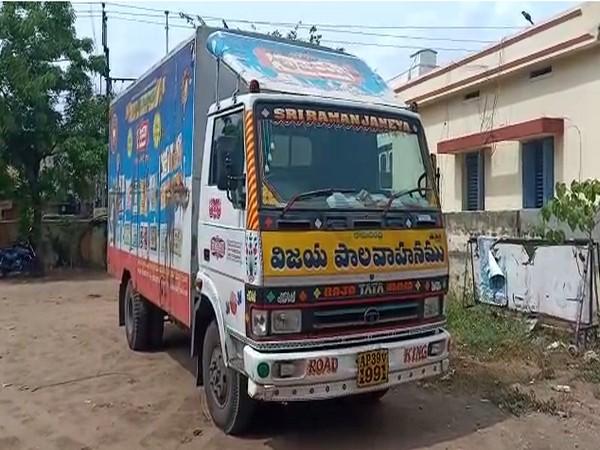 Liquor worth Rs 18,500 was seized by Andhra Pradesh police today at Vuyyuru. Photo/ANI