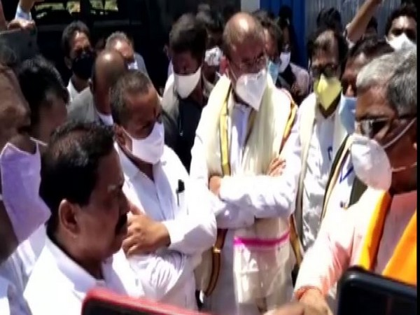 Both ministers visited the temple two days after the incident. (Photo: ANI)