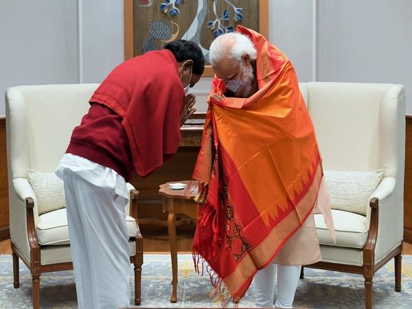 Telangana Chief Minister K Chandrasekar Rao with Prime Minister Narendra Modi.