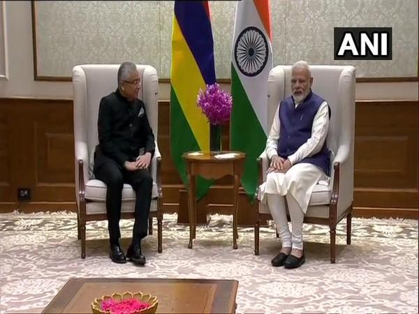 Prime Minister Narendra Modi and his Mauritius counterpart Pravind Kumar Jugnauth