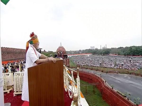 Prime Minister Narendra Modi addressing the nation at Red Fort