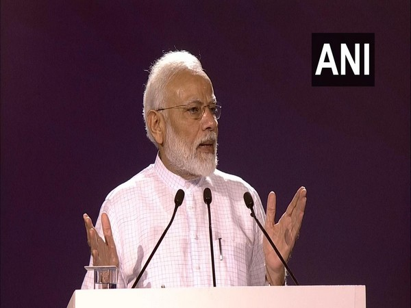 Prime Minister Narendra Modi speaking at 'Fit India Movement' launch event.