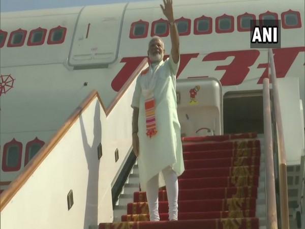 PM Modi left for France from Bahrain on Sunday