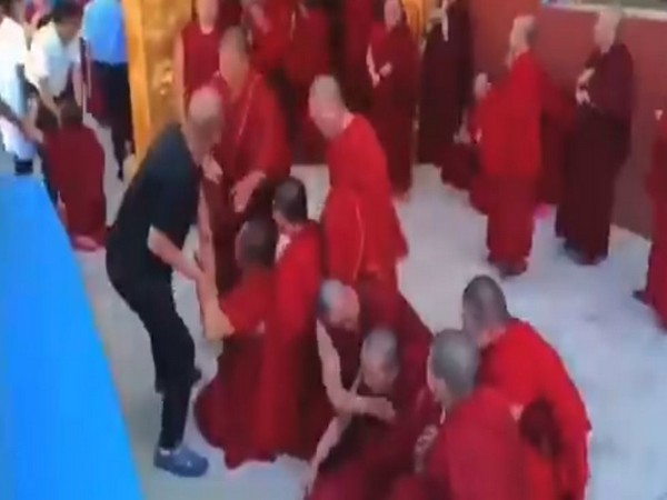 China: Monks hold protest against forceful shutdown of monastery in Gansu  [Image Credits: Twitter]