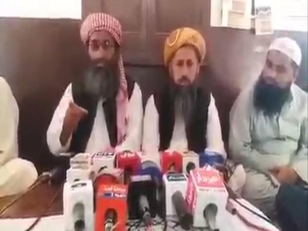 Islamic clerics in Pakistan interacting with media (Photo/ANI)