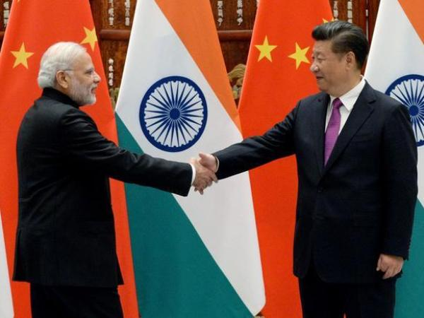 Prime Minister Narendra Modi and Chinese President Xi Jinping at a previous engagement (file photo)