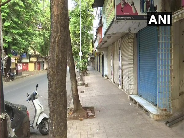 Closed shops, deserted street in Mumbai as Section 144 comes into effect. (Photo/ANI)