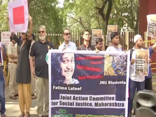 The Maharashtra Joint Action Committee for Social Justice on Wednesday staged a protest. Photo/ANI