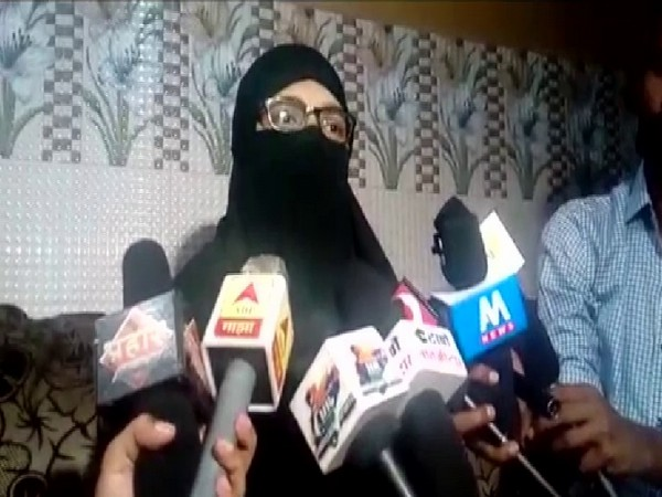 The woman, who was given triple talaq, talking to reporters on Friday. Photo/ANI